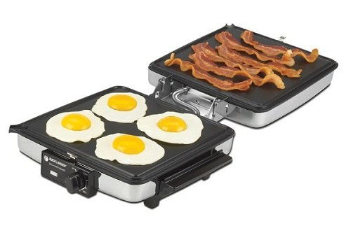 eggs and bacon on Black Decker G48TD 3-in-1 Waffel Maker